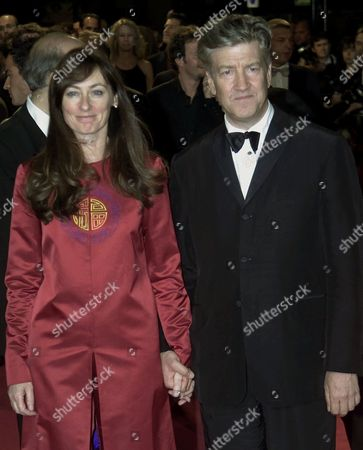 """LYNCH SWEENEY American director David Lynch and his wife Mary Sweeney arrive at the festival palace to attend the screening of his film """"Mulholland Drive"""" in Cannes, France, . """"Mulholland Drive"""" is in competition at the 54th International Film Festival"""