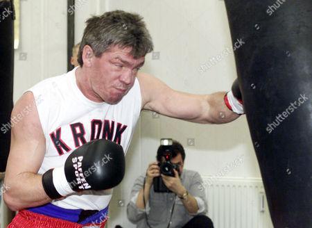 ROCCHIGIANI German Boxer Graciano Rocchigiani during his training in Berlin, . Rocchigiani will have his comeback fight against the U.S. boxer Willard Lewis in Berlin on Sunday Feb.10, 2001