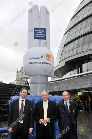 Gearoid Lane, Director of British Gas New Energy. Ken Livingstone, Mayor of London, and Ian Cheshire, Chief Executive of B&Q