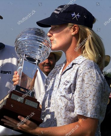 JANICE MOODIE Janice Moodie of Glasgow, Scotland, kisses the trophy after she won the ShopRite LPGA Classic on the Bay Course at the Seaview Marriott Resort in Galloway Township, N.J., . Moodie shot a final round 69 and finished with a 10-under-par 203