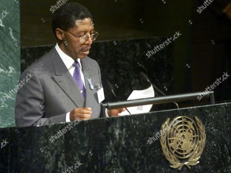 MOSISILI Pakalitha Mosisili, prime minister of Lesotho, delivers his remarks on the opening day of the United Nations three-day session on AIDS