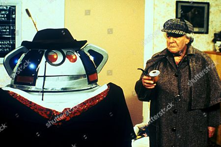 'Metal Mickey'  TV - 1982 - Metal Mickey and Irene Handl as Granny
