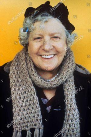 'Metal Mickey' TV - 1980 - Irene Handl as Granny