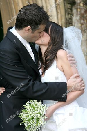 Richard Bacon kissing Rebecca Mcfarlane