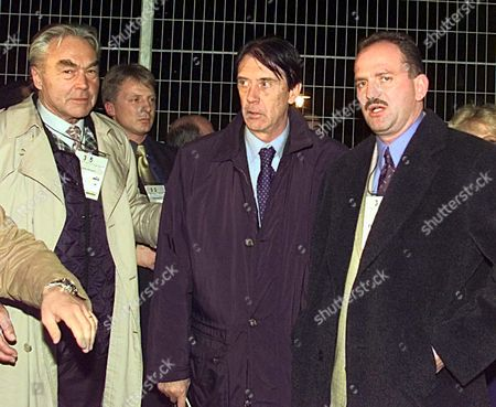 MAUHART MALDINI PROHASKA Beppo Mauhart, president of OEFB, Cesare Maldini, Italian chairman and Herbert Prohaska, Austrian chairman (from left), posing after drawing for soccer final at the world cup in France 1998 at Marseille stade on . By drawing, Austria entered into group B together with Italy, Chile and Cameroun