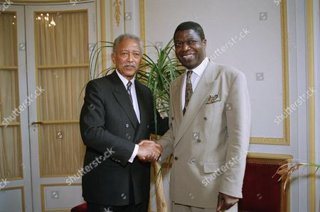 David Dinkins, Kofi Yamgnane New York City Mayor David N. Dinkins, left, is greeted by French Integration State Secretary Kofi Yamgnane prior to their meeting at the French Integration ministry in Paris, . Dinkins arrived in Paris on Wednesday for a two-day visit