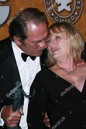 Tommy Lee Jones and Tess Harper