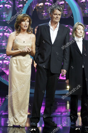'Happy Birthday Bafta' TV - 2007 - Cast of 'Upstairs Downstairs' reunited after 37 years. Lesley Anne Down, Simon Williams, Jean Marsh.