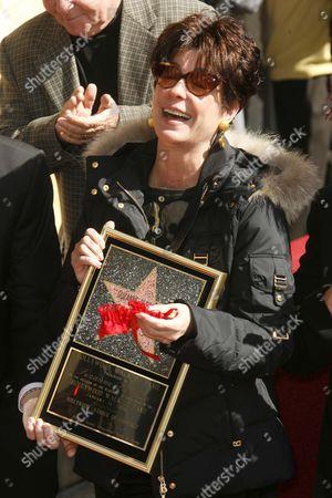 Tina Sinatra recieves Star on behalf of Suzanne Pleshette