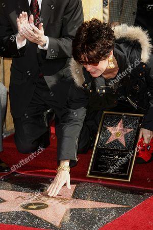 Stock Photo of Tina Sinatra recieves Star on behalf of Suzanne Pleshette