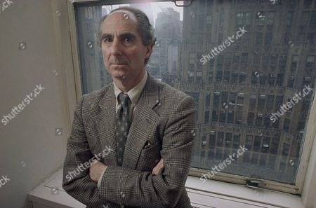 Phillip Roth Novelist Philip Roth poses in March 1993