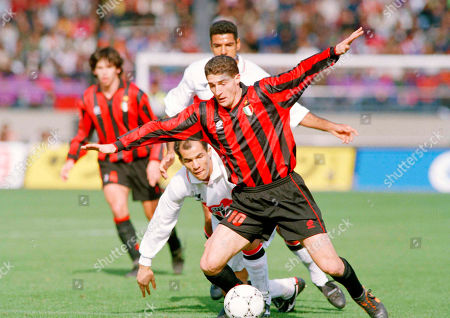 AC Milan FW Daniele Massaro (10) tries to control the ball in the first half of the Toyota Cup soccer game against Sao Paulo FC in Tokyo, . Massaro scored a goal but his team was defeated by Sao Paulo FC 2-3
