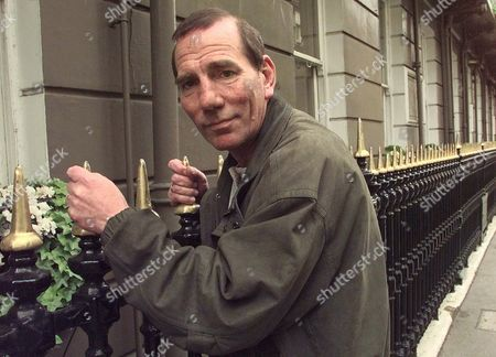 "POSTLETHWAITE Actor Pete Postlethwaite, once described as having a face like a stone archway, poses in London, . Postlethwaite, a longstanding mainstay of the British theatre, came to wider prominence via his roles in films such as ""In the Name of The Father,"" ""The Usual Suspects"" and ""William Shakespeare's Romeo and Juliet"