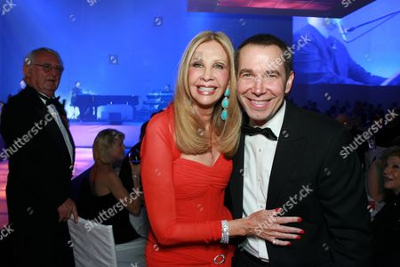 Gala Chair Jane Nathanson and Jeff Koons