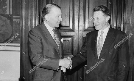 Francis Pym, Caspar Weinberger Britain?s Foreign Minister Francis Pym, left, met with Caspar Weinberger, United States Secretary of Defense, at the Foreign Office in London on