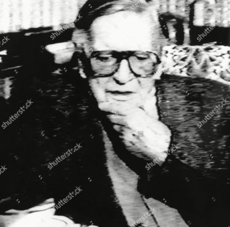 Watchf Associated Press International News England United Kingdom APHS55433 BRITISH DOUBLE AGENT This November, 1987, made-from-TV picture shows British double agent Kim Philby, who defected to the Soviet Union in 1963, during an interview on Soviet TV. AP Photo