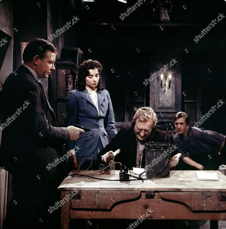 'Manhunt' - Peter Barkworth, Cyd Hayman, Robert Hardy and Alfred Lynch.
