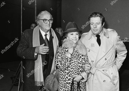 """Federico Fellini, Giulietta Masina, Marcello Mastroianni Italian director Federico Fellini, his wife Giulietta Masina, and Italian actor Marcello Mastroianni after a press conference on the set of Fellini's new movie """"Fred and Ginger"""" currently being filmed at Rome's Cinecitta studious"""