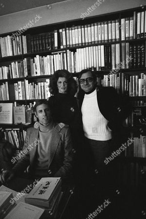 """French film director Claude Chabrol, far right, with Anne Margret and Bruce Dern who star in his film """"The Twist"""" pictured in Paris, France on"""