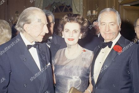 Paul Getty J. Paul Getty celebrates his 80th birthday at a party at the Dorchester Hotel in London . Among the dignitaries that were there: Patricia Cox, Dau. of President Nixon, Ambassador Walter Annenberg, Ex-King Umberto of Italy, the Dutchess of Argyll, Margaret, who have the party and Charles Clore, millionaire financier, and others