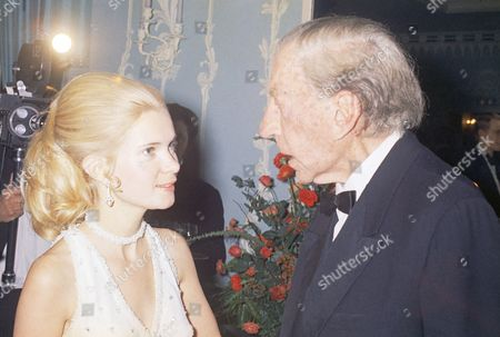 Paul Getty, Patricia Cox J. Paul Getty celebrates his 80th birthday at a party at the Dorchester Hotel in London . Among the dignitaries that were there: Patricia Cox,Daughter of President Richard Nixon