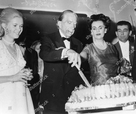John Paul Getty, Patricia Cox American multi-millionaire J. Paul Getty, gets a helping hand from Margaret, Duchess of Arcyll as he cuts his 80th birthday cake at London's Dorchester Hotel, . At left, is Patricia Cox, daughter of President Richard Nixon