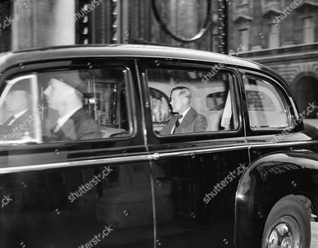 The Duke of Windsor leaves Buckingham Palace, London,, after signing the visitors book. The duke is reported to have visited Sir Alan Lascelles, the private secretary of the King, who informed him of the progress of King George VI