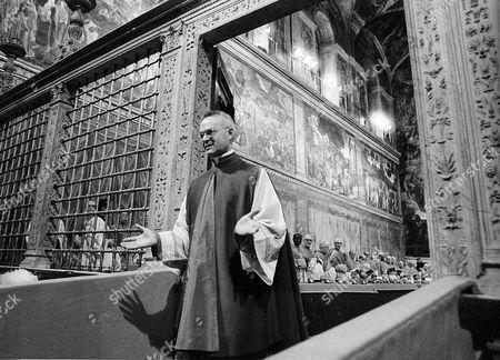 [Obrazek: noe-conclave-rome-italy-shutterstock-edi...65369a.jpg]