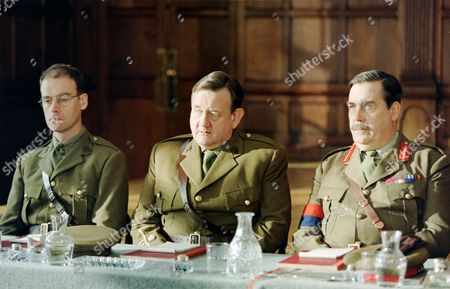 L-R. Pip Torrens, Paul Brooke and David Henry  in 'The Unknown Soldier'