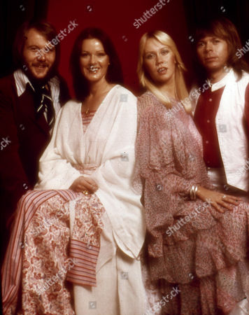 The four singers of Swedish pop group Abba pose for a foto 1977. They are from left to right: Benny Anderson, Annifrid (known as Frida) Lyngstad, Agnetha (known as Anna) Faltskog, and Bjorn Ulvaeus