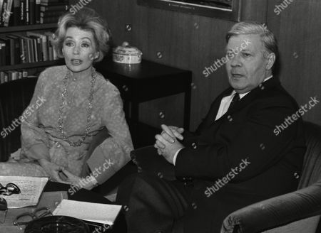 German actress and writer Lilli Palmer (Lilli Maria Peiser), left, gestures with her hands during her meeting with West German Chancellor Helmut Schmidt in Bonn, West Germany, as she makes a TV interview with Schmidt