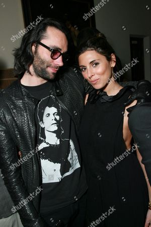 Stock Picture of Justin Murdock and Jamie-Lynn Sigler