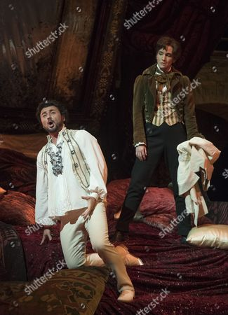 Vittorio Grigolo as Hoffmann, Kate Lindsey as Nicklausse