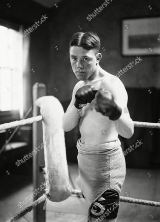 Stock Photo of British boxer Richard Coleman, also known as Dick Corbett before his boxing match with Emile Pladner on