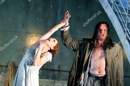 Nadja Michael (Salome) and Michael Volle (Jokanaan)