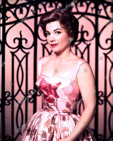 Stock Image of ANNE BAXTER