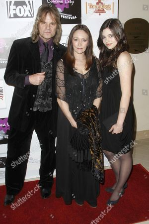 David Eisely, Olivia Hussey and Daughter India Eisely