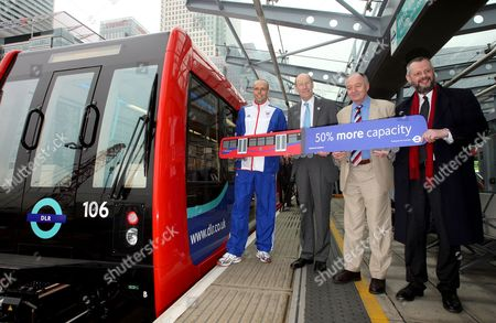 Athlete Dean Macey, Chairman of the Olympic Delivery Authority, John Armitt, and London Mayor Ken Livingstone