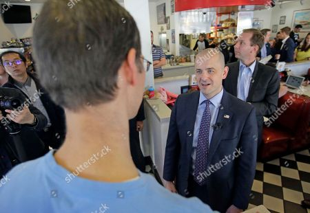 Evan McMullin Independent presidential candidate Evan McMullin talks with patrons during a meet and greet at the One Man Band Diner, in Lehi, Utah. The Republican Party's five-decade reassurance that Utah voters will deliver their state for the GOP presidential candidate has cracked this year. Republicans down the ballot in Utah, like Gov. Gary Herbert and U.S. Rep. Mia Love, are still favored to win their re-election races, but Donald Trump's broad unpopularity in the conservative state has cast it as a tossup going into Tuesday's election