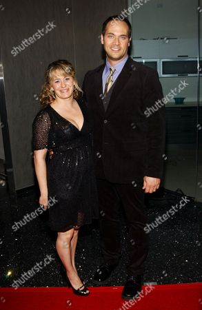 Todd Stashwick and wife Charity