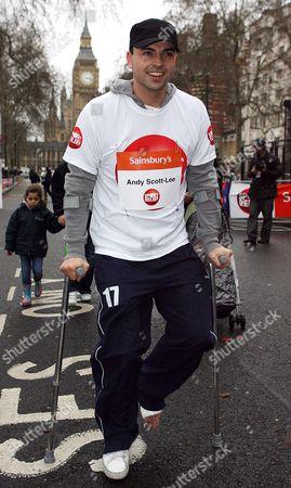 Andy Scott-Lee taking part in the fun run