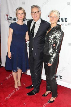 Cynthia Nixon, Moises Kaufman, Lauren Wainwright