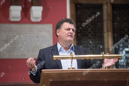 Editorial picture of Stephen Moffat at the Oxford Union, UK - 07 Nov 2016