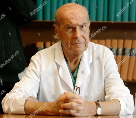 On, Umberto Veronesi attends a press conference at the 'Istituto Oncologico Europeo' the Italian cancer research Institute, in Milan, Italy. Veronesi, an internationally known oncologist who also served as Italian Minister of health has died in Milan, Italy, Tuesday, Nov. 8, 2016. He was 90