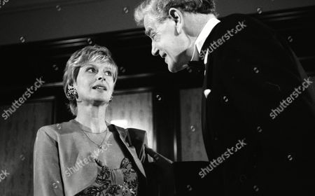 Jean Rogers (as Dolly Skilbeck) and Wilfred Harrison (as Arthur Bright, Tate's business partner) (Episode 1582 - 13th August 1991)
