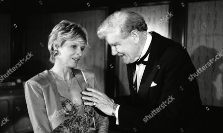 Stock Photo of Jean Rogers (as Dolly Skilbeck) and Wilfred Harrison (as Arthur Bright, Tate's business partner) (Episode 1582 - 13th August 1991)