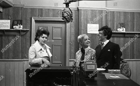 Coronation Street 1969 B787  Pat Phoenix (as Elsie Tanner) Mitzi Rogers (as Jenny Tanner) and Philip Lowrie (as Dennis Tanner)