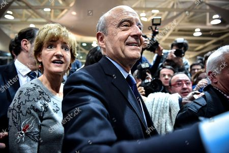 Editorial image of Alain Juppe presidential campaigning, Bordeaux, France - 09 Nov 2016