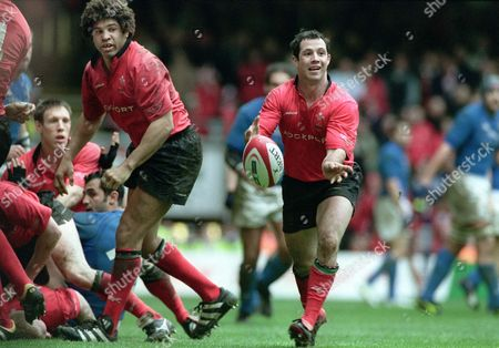 Gareth Cooper (Wales) Colin Charvis (left) Wales v Italy at Cardiff 27/3/2004 Six Nations Championships