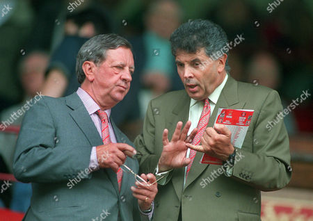 Peter Hill - Wood the Arsenal Chairman (left) and David Dein the Arsenal Vice Chairman Arsenal v Charlton Athletic FA Premiership 26/8/00 2000/ 01 season